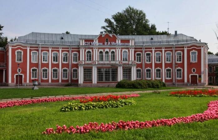 Больница Мечникова, СПБ, Пискаревский проспект (Больница Петра Великого)